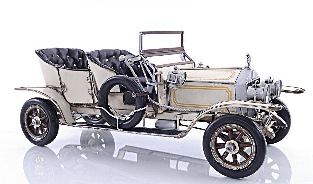 1909 Rolls Royce Ghost Edition Model 1:10 image 4